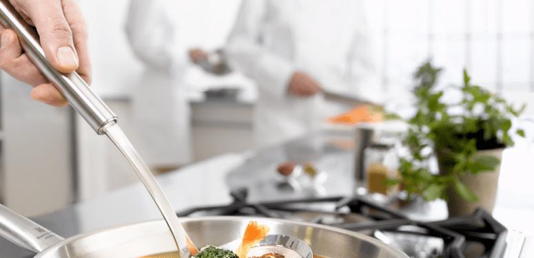 橄榄油可以炒菜吗?