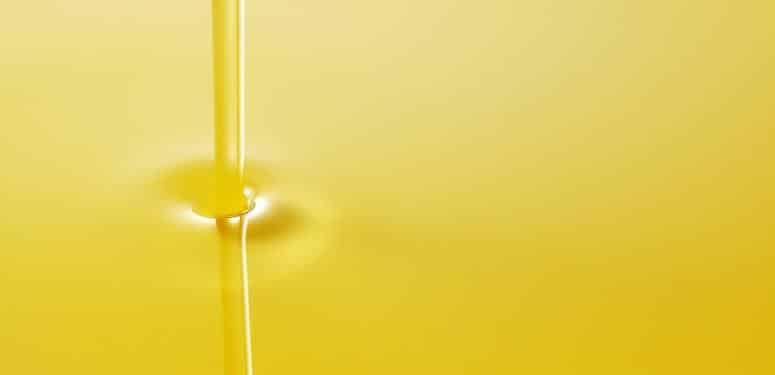 橄榄油护肤:巧用橄榄油摆脱干燥皮肤