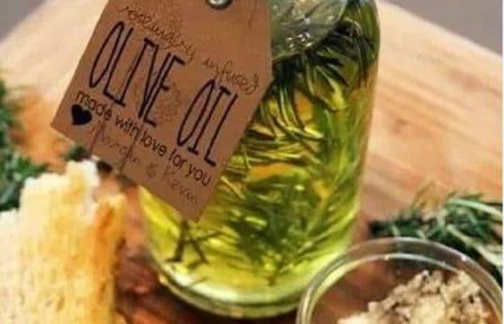 制作香草橄榄油