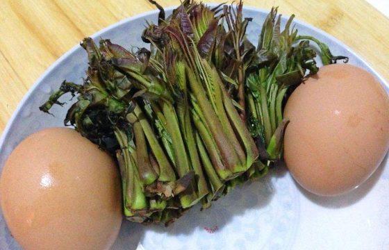 橄榄油香椿炒鸡蛋