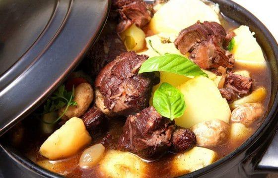 地中海美食:红酒炖牛肉