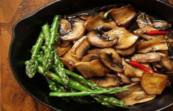 橄榄油煎烤蘑菇