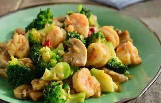 西兰花蘑菇烩虾仁