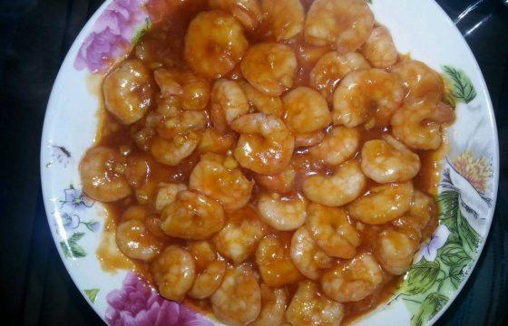 食用橄榄油烧番茄大虾