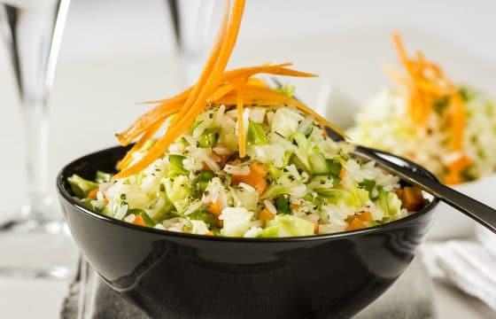 西班牙橄榄油私房菜——炒饭蒸豆腐