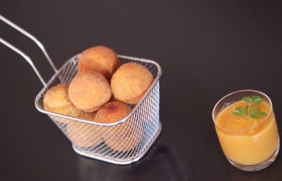 橄榄油炸蘑菇丸